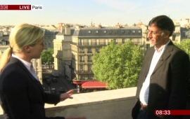 Sudhir Hazareesingh comments on Macron's first round victory